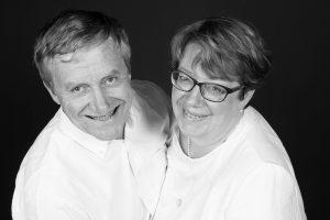 Francine et Emmanuel Bajeux propriétaires de la Ferme de Rosembois gîtes et chambres d'hôtes à la campagne près de Lille